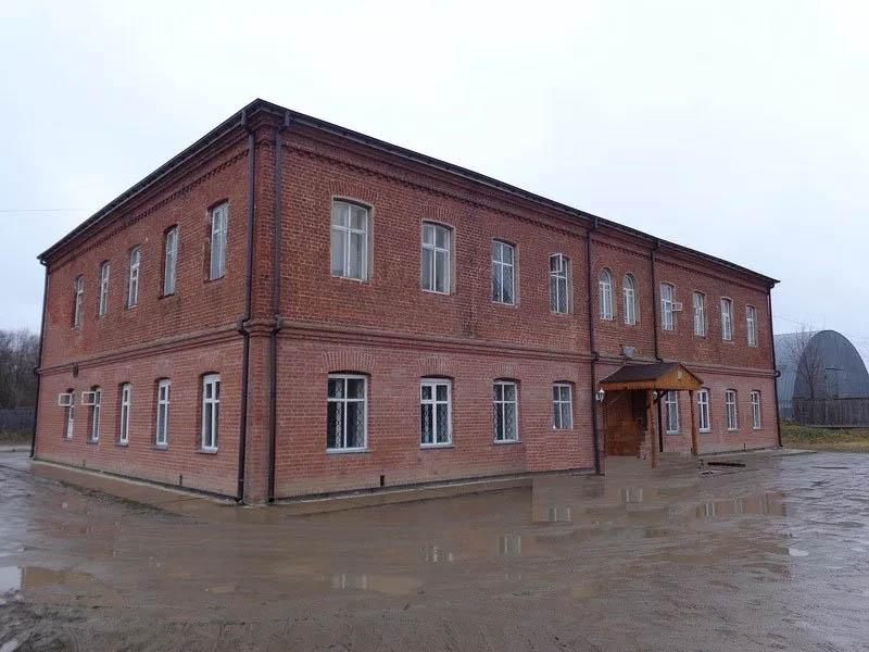 Школа в Варницах