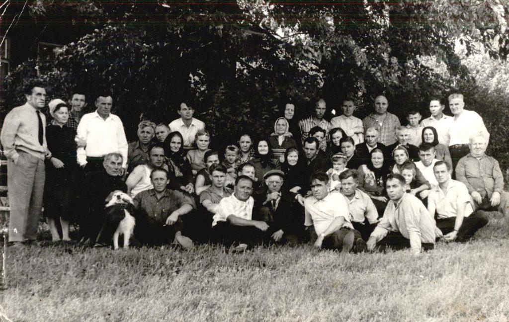 Жители села Щекотово