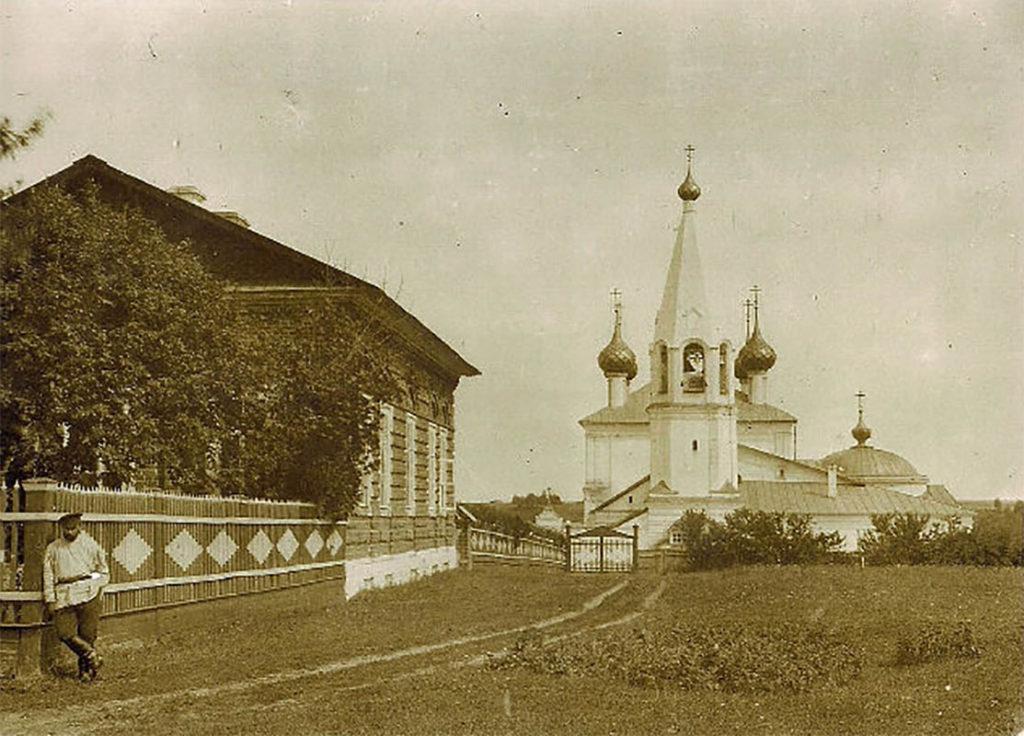 церковь Дмитрия Солунского село Стогинское